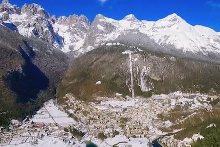 Molveno: Christmas, snow and skiing low cost - Molveno