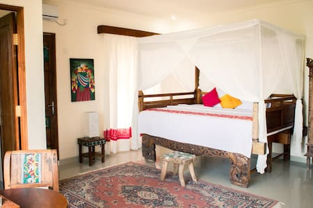 By Dorry Ubud - Private Room With Rice Field View - Bed & Breakfast