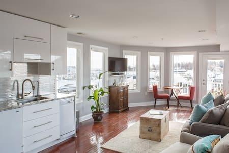 Cozy Water View Retreat in Eastport - Annapolis - Appartement