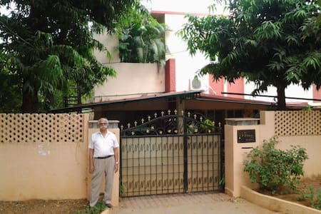 3 BHK Family Unit with kitchen - Secunderabad - Apartment