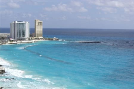 Ultra Luxury Oasis on the Caribbean Sea Beachfront - Cancun - Appartamento