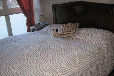chambre lit 140 - Appartamento