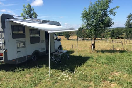 Colocation camping car près Rodez - Wohnwagen/Wohnmobil