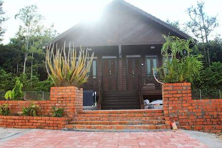 Pelamin Garden Homestay & Event Lenggeng,Broga,N.9 - Chalet