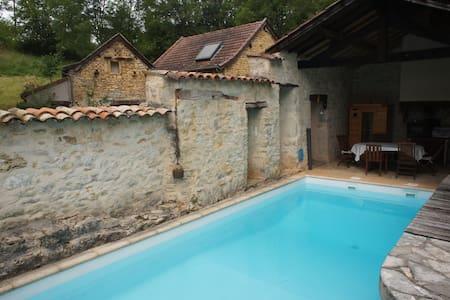 Maison de caractère en pierre - Villefranche-de-Rouergue - Hus