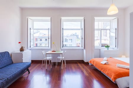 Mind The Gap - Downtown Center Metro Loft - Porto - Loft