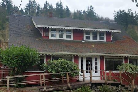 Johnson Creek Inn - Tenino - Apartament