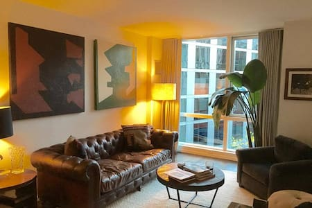 Nicest luxury condo in Tribeca. This is a HUGE modern 1 bedroom with top of the line appliances including washer/dryer and Dishwasher.   24 hour door and building staff.  Near ALL the trains, restaurants, and shopping.