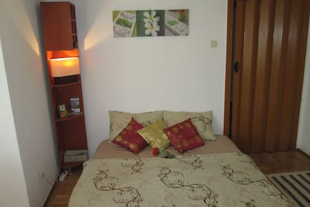 Central Studio in Bucharest Old Town - București - Apartment