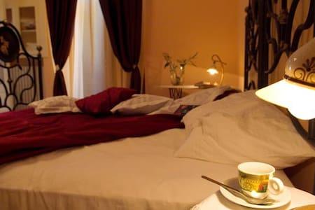 Casa  Cecca - Cisternino - Bed & Breakfast