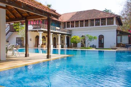 BirdSong,Moira Goa: Boutique Villa - Villa