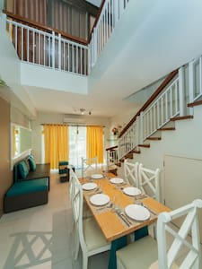 Spacious and private home away from home - Condominium
