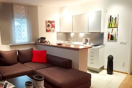 Modernes Apartment mit Flair - Apartamento