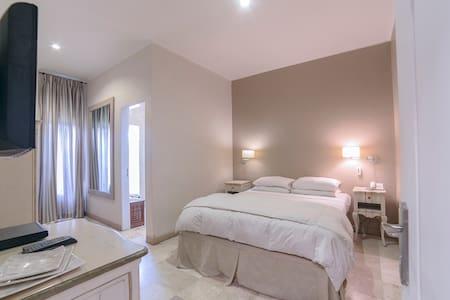 Nico Apartment
