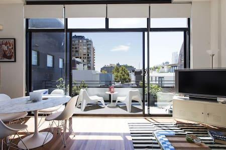 Designer Crown st apartment