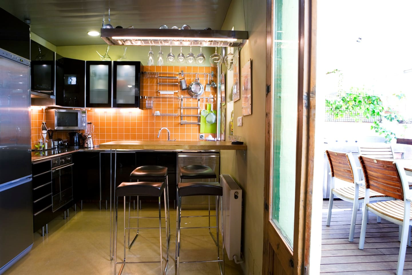 Kitchen and terrace