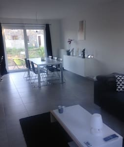 Maison avec situation centrale - House for rent - House