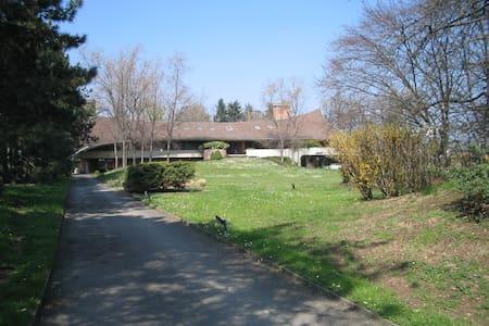 Villa Con Piscina Milano - sedriano