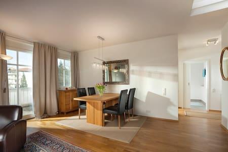 Gemütliche Wohnung am Chiemsee - Apartament