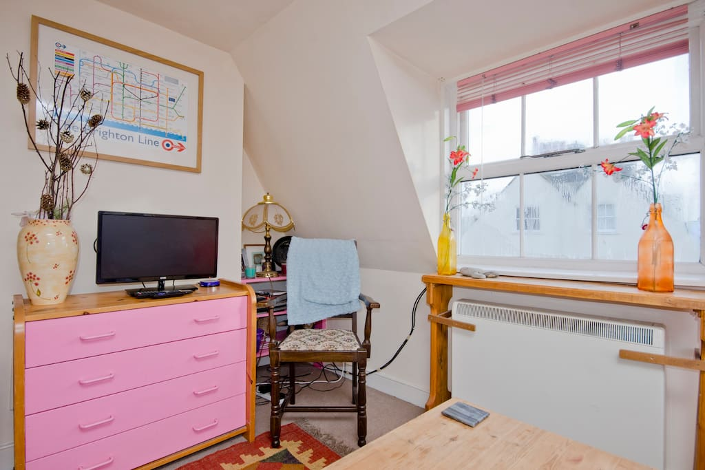 Central and cute 2 mins from beach apartamentos en - Apartamentos baratos en brighton ...