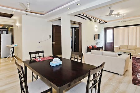 NEW APARTMENT BEST LOCATION 3 BHK