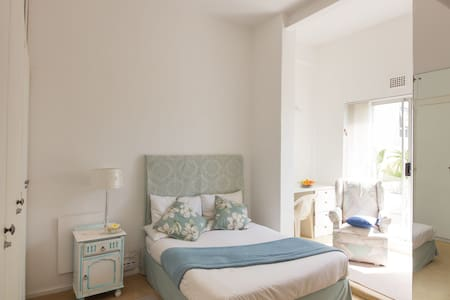 Lovely Sunny Spacious comfy Double Room - Casa