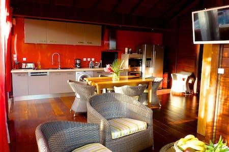 TERDEBA  Villa avec spa privé  2 chambres 5 p maxi - Vieux Habitants