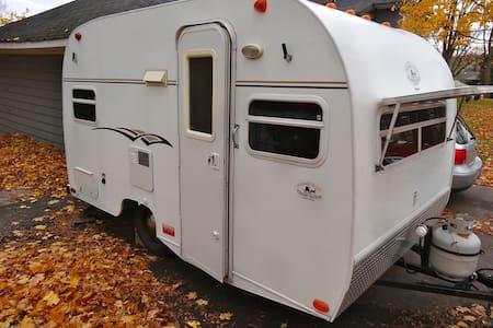 Vintage travel trailer - Bobil
