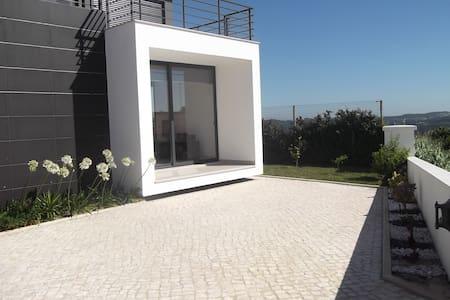 villa with swiming pool modern