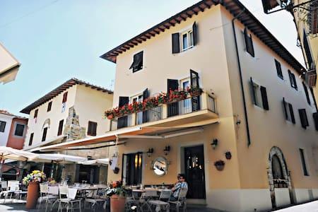 Casa Gala charme and design B&B  - Montecatini Terme