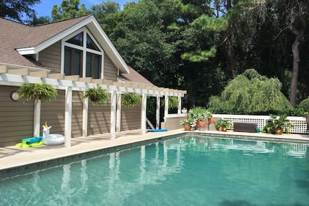Kiawah Island Entire Home w/ Pool - House