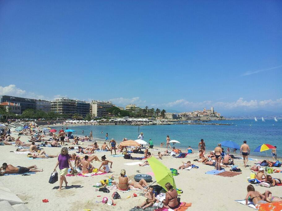 Be lazy on the sandy beaches overlooking Antibes - all are equipped with showers.