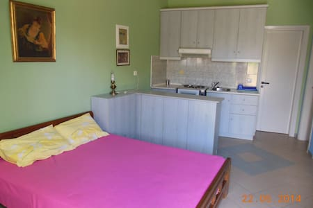 Rent a studio in Alikes -Volos