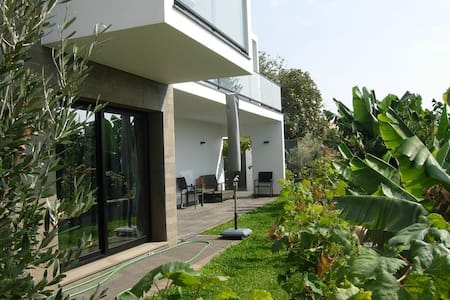 NEW Villa Garden 150m from Beach, S - Paul Do Mar - Villa