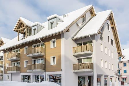 APARTMENT CROWN - Appartement