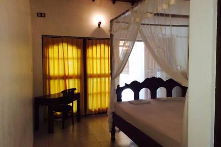 Winerworld Guest House Beruwala - Beruwala - Bed & Breakfast