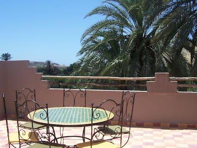 Maison Aourir(près Agadir), vue océan et montagne - Huis