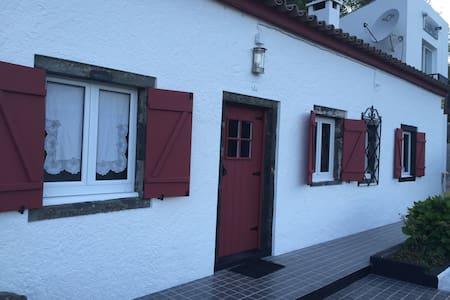 Paradise House at Furnas. é a casa de férias ideal - Haus