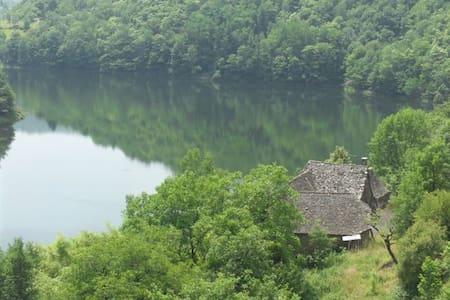 séjour insolite chez la Dame du lac - Casa