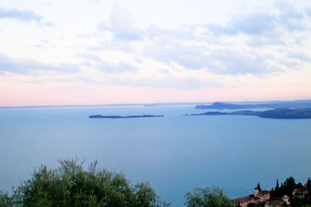 Bilocale splendida vista lago - Toscolano-Maderno - Leilighet