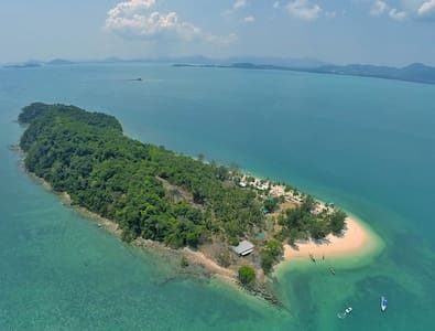 PRIVATE ISLAND VILLA IN PHUKET