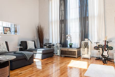 Live Like Royalty Sheik Modern NICE - North Bergen - Loft
