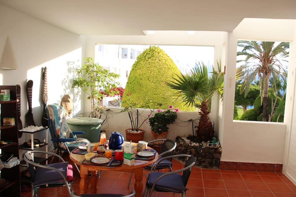 Terrasse zum Frühstücken