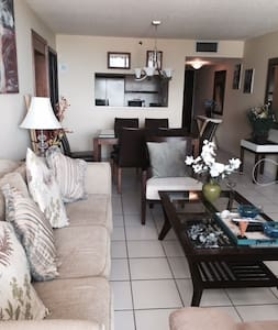 Large condo at The Grand/Doubletree