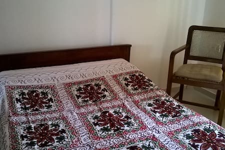 Independent apartment near Ginger hotel, Wakad. - Apartment