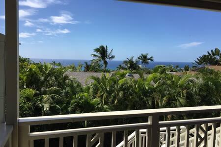 Ocean views & gardens: luxe privacy