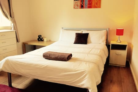 Double room near Shoreditch/Central