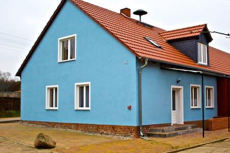 Pension Blaues Haus Molkenberg - Inap sarapan