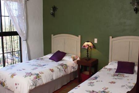 Puerto Vallarta B&B La Colorada - Zacualpan - Bed & Breakfast