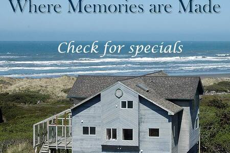 The Oceanfront Castle - Gold Beach